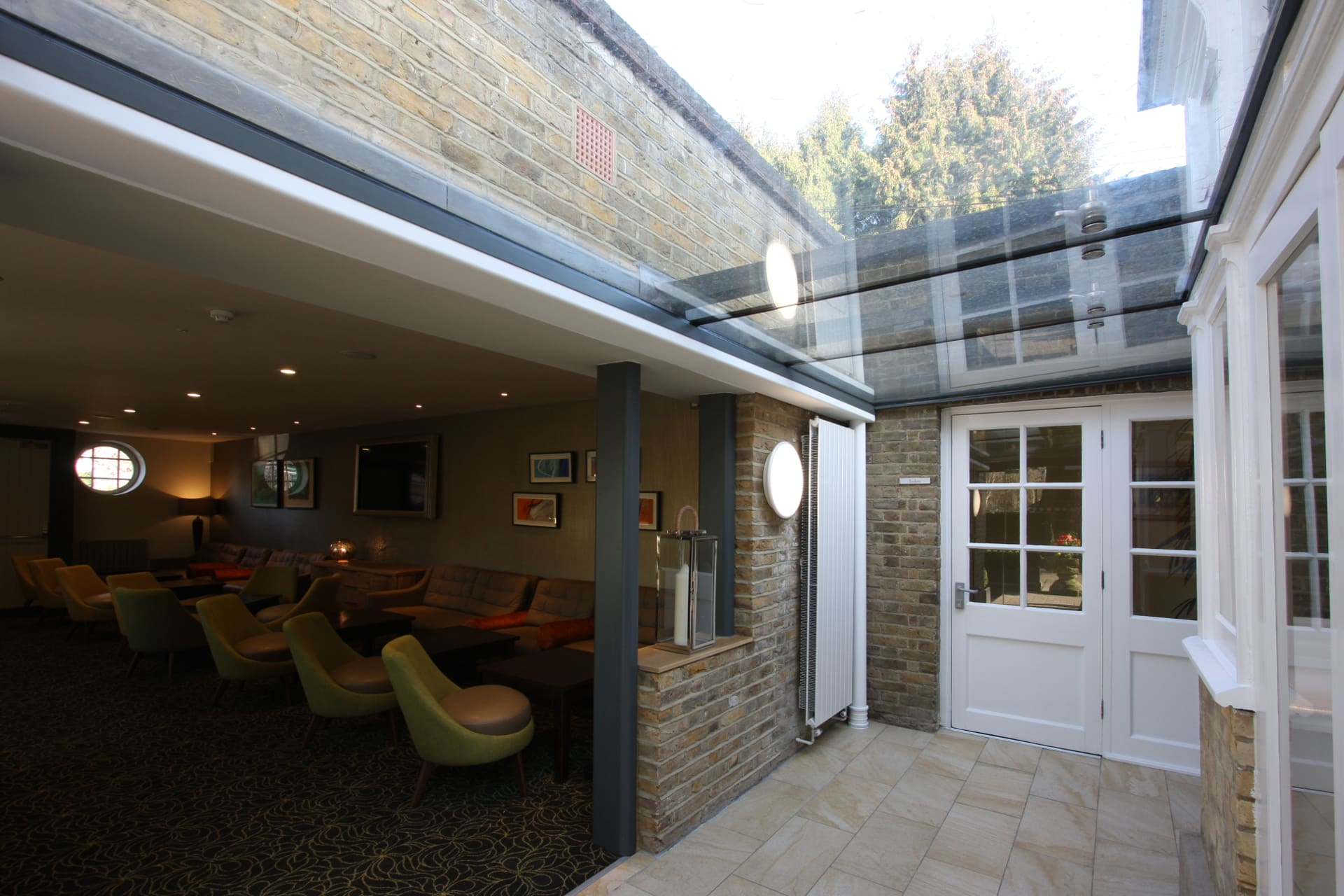 Bespoke Structural Glass Link
