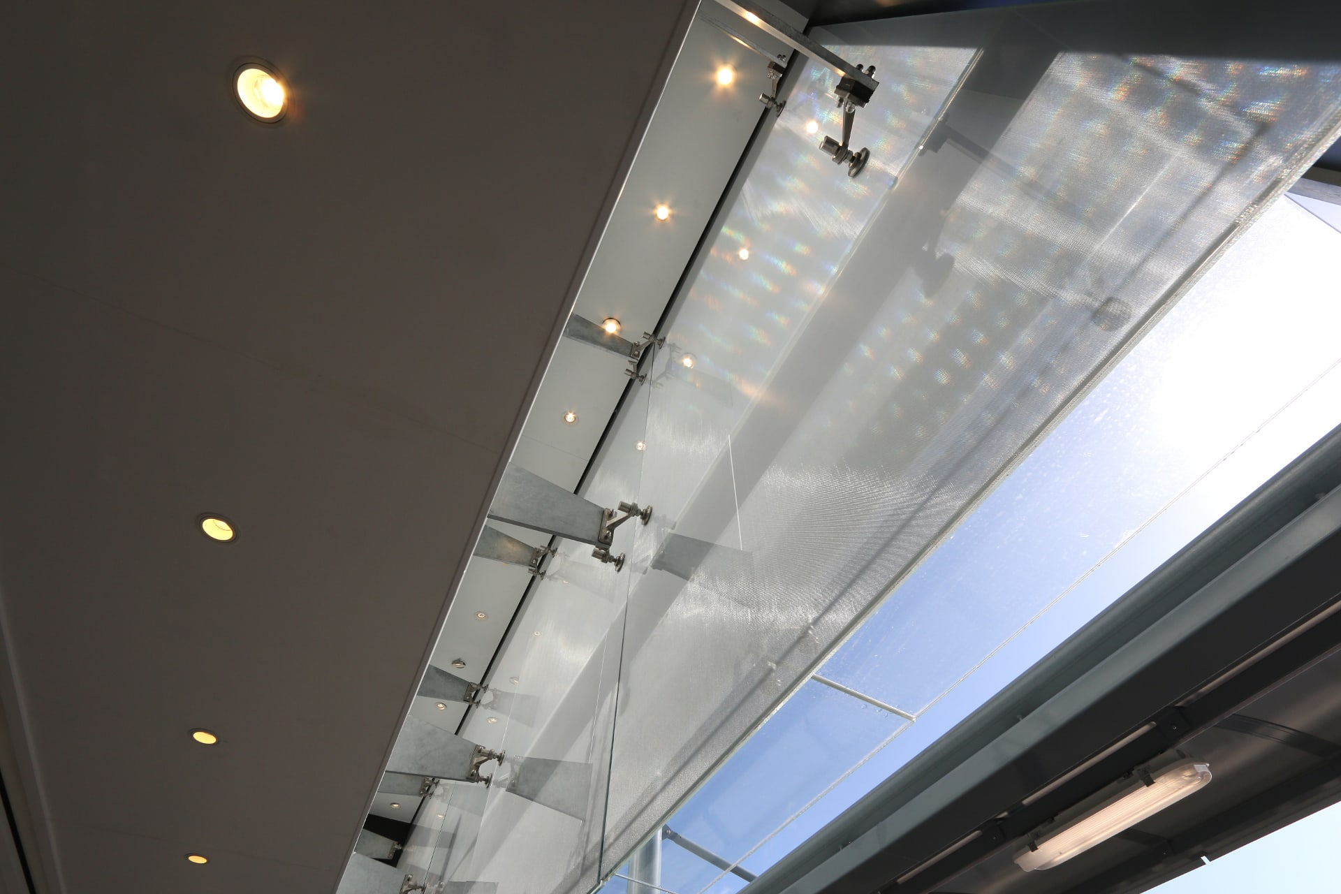 Bespoke Structural Glass Roof Link
