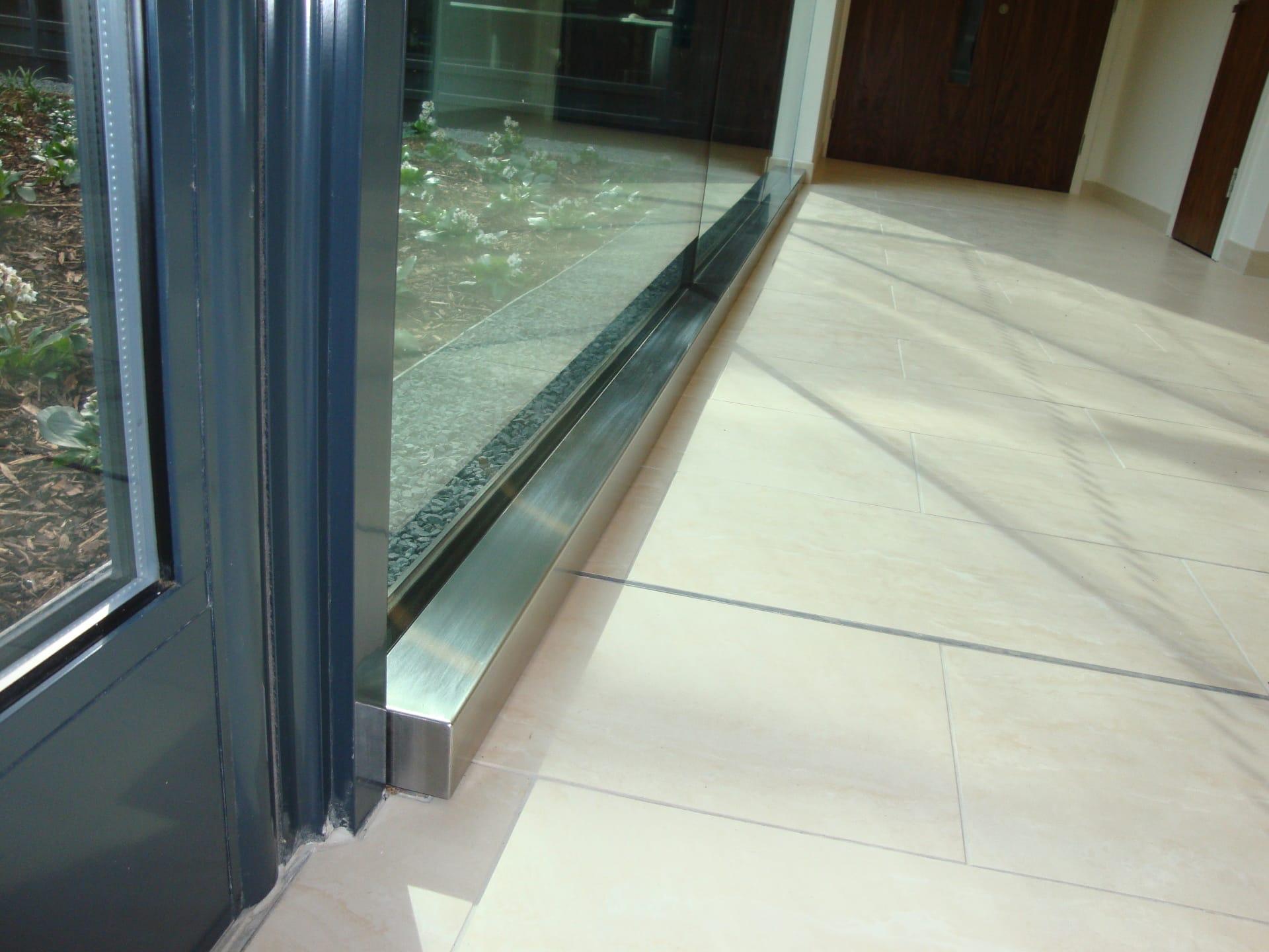 Frameless Structural Glass Wall
