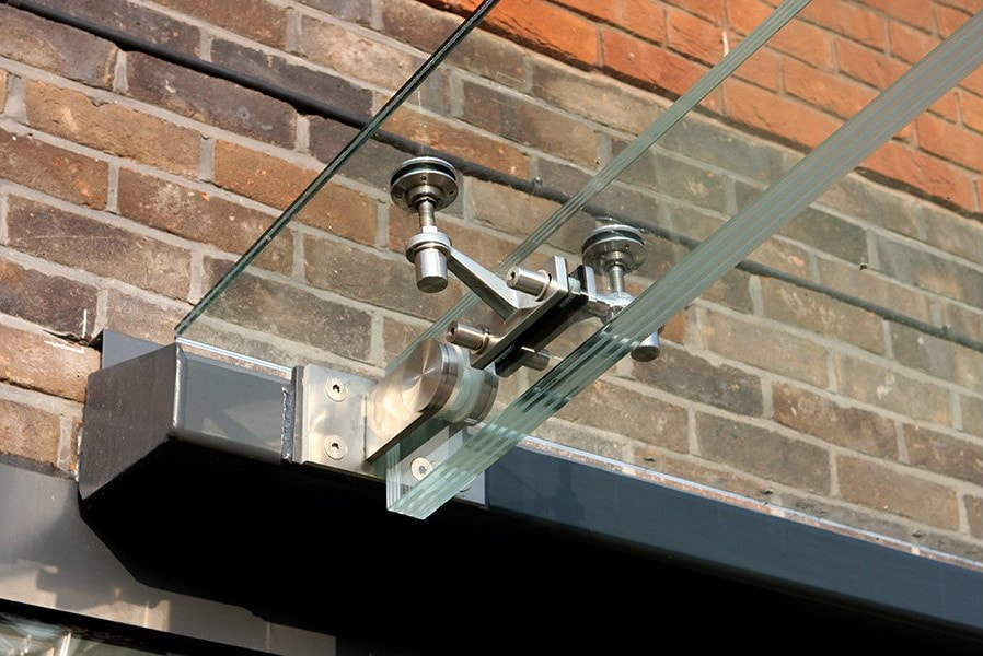 Glass Beams Connected to Glass Canopy