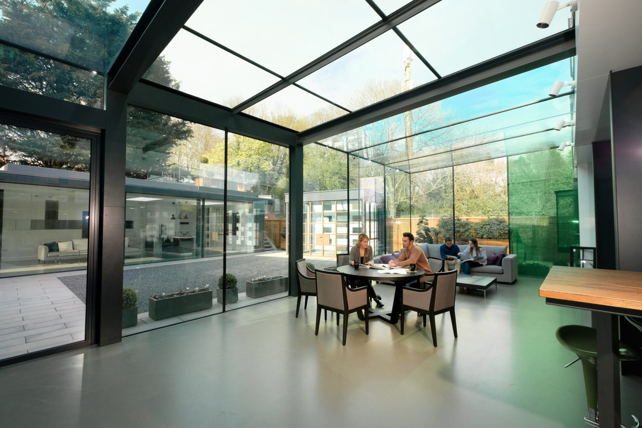 structural glass box extension amersham office IQ Glass
