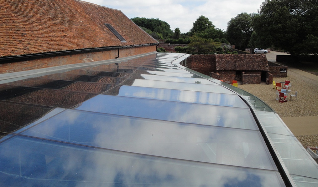 Low Iron Glass Roof with an Anti Reflective Coating