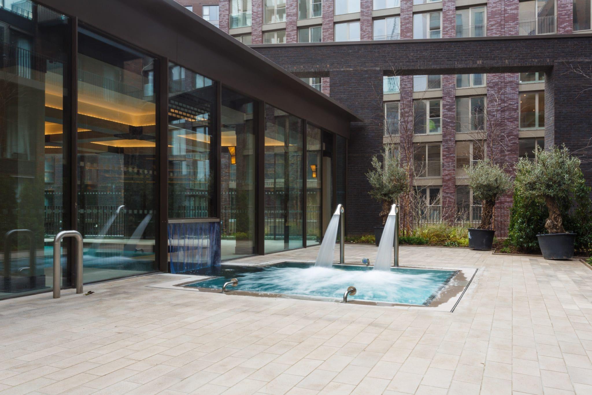 minimal windows Infinity Pool Exterior