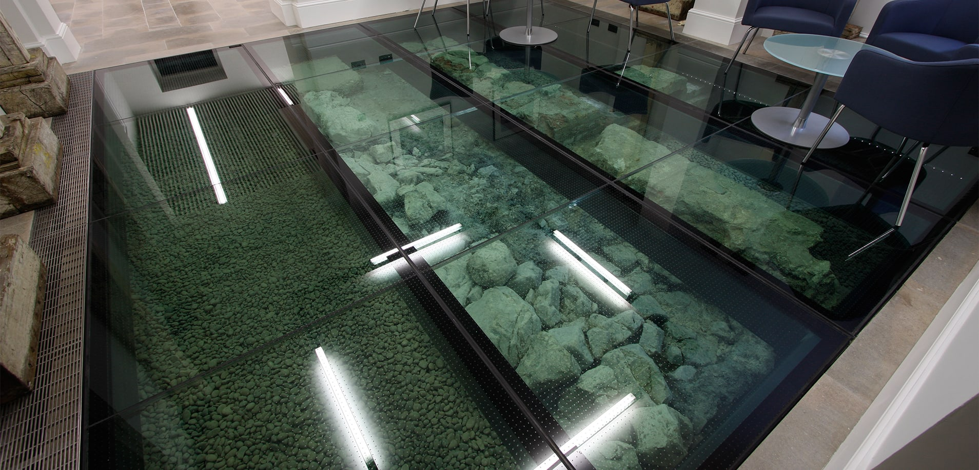 Slip Resistant Glass Floor