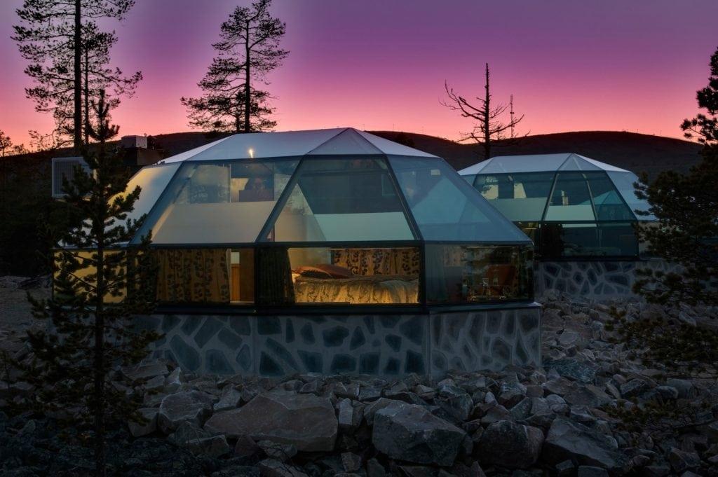 heated glass igloo hotel