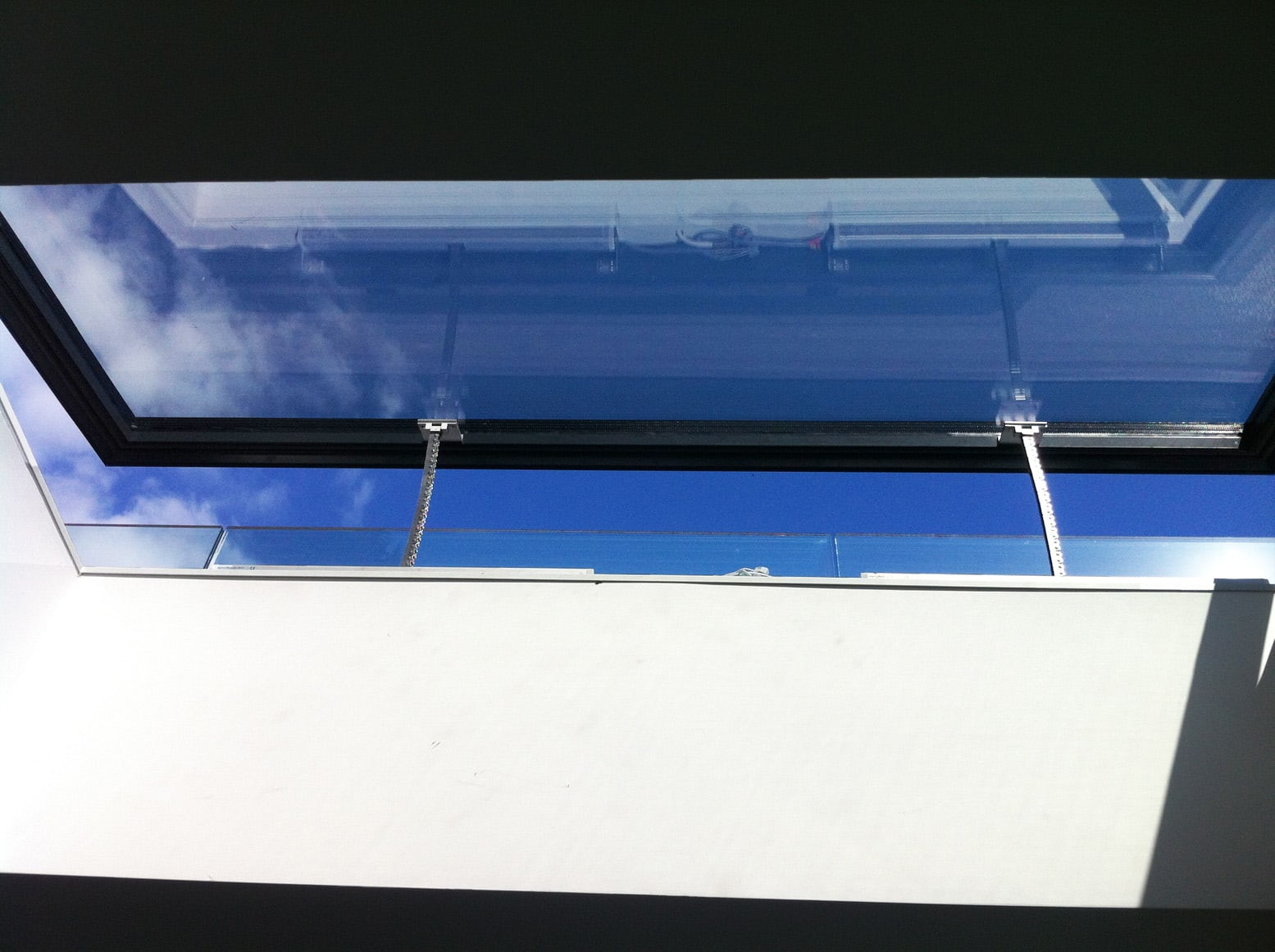 modern electric venting rooflight system