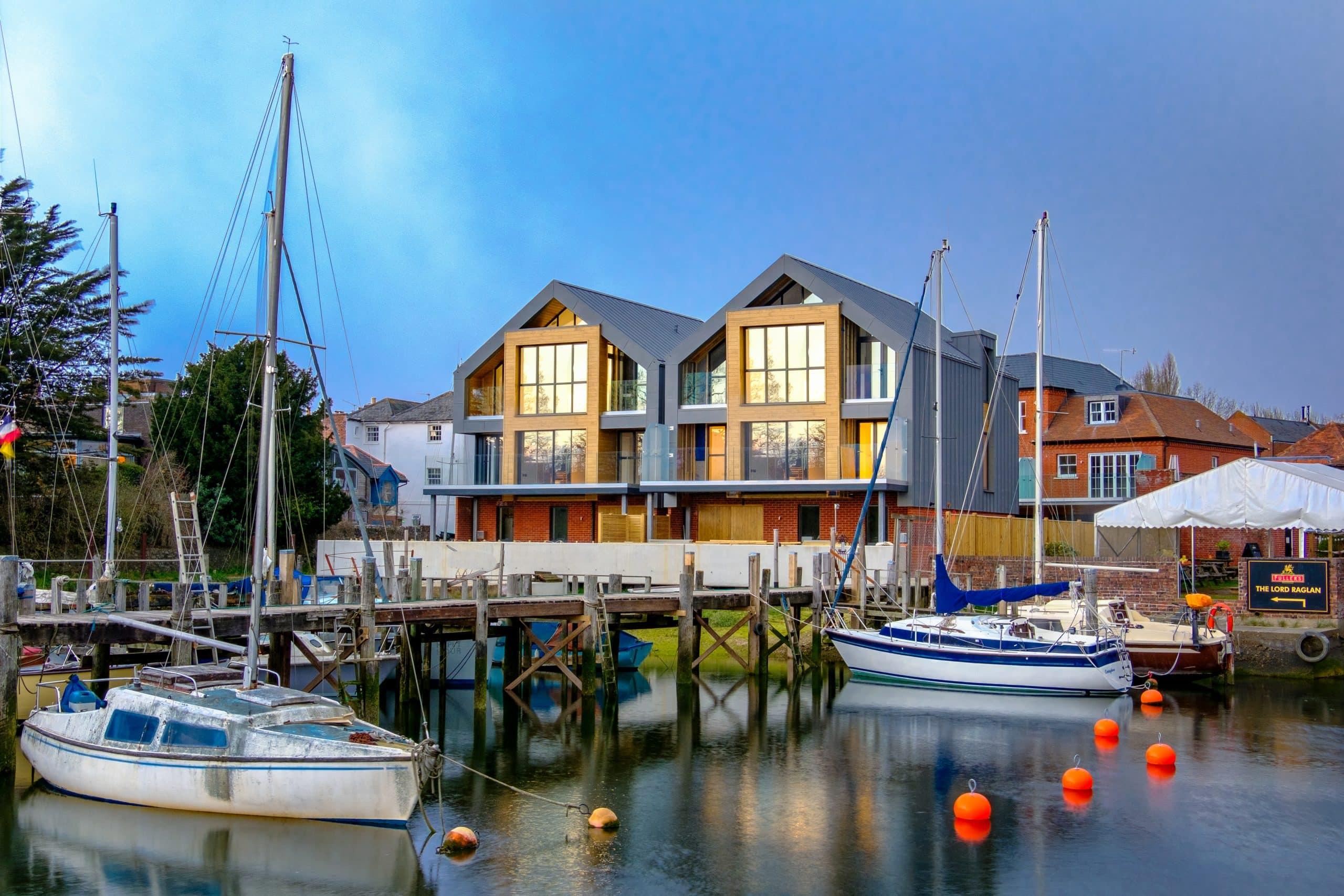 dolphin quays luxury coastal residential development with slim framed aluminium glazing