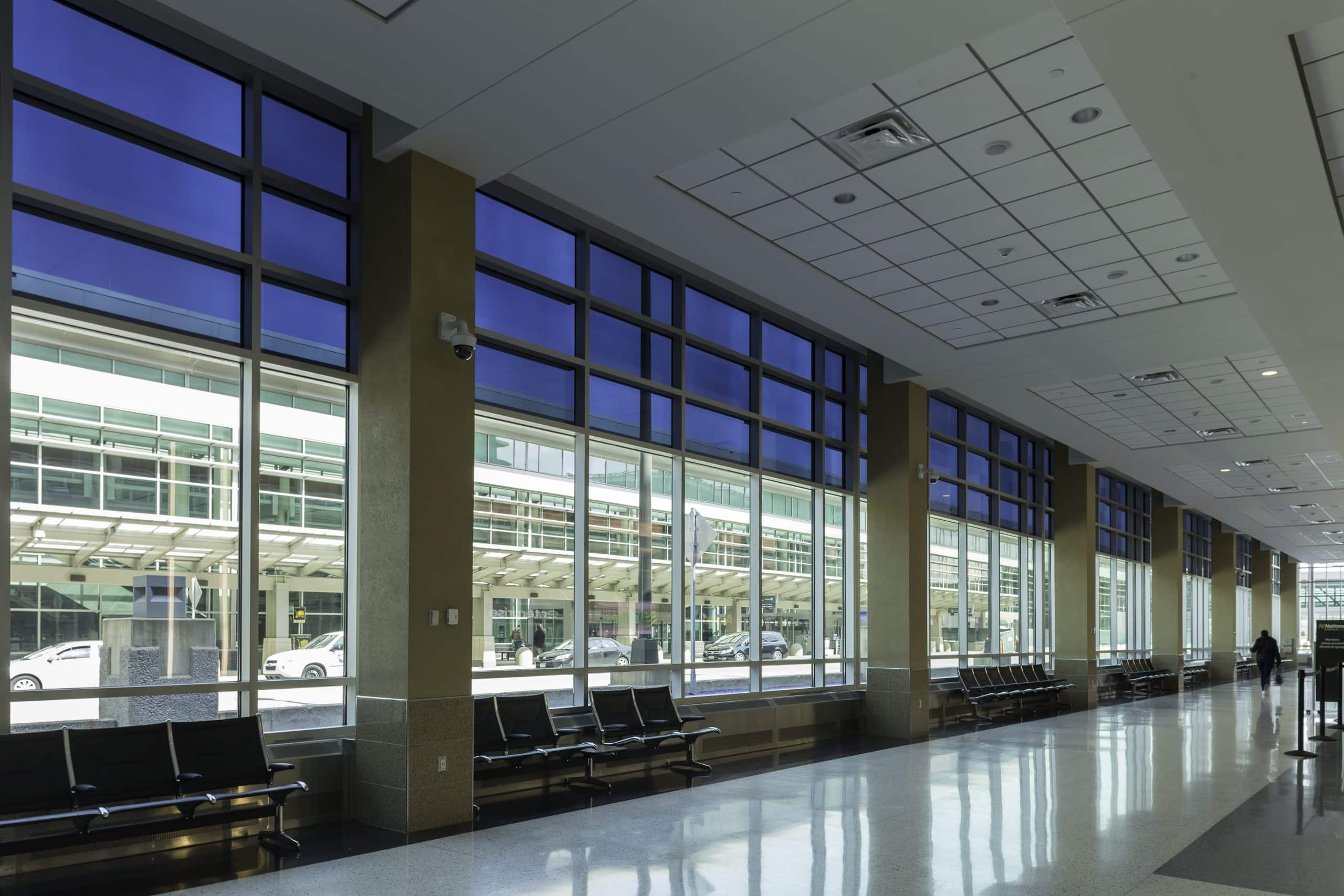 airport solves solar glare and overheating by using electrochromic glass