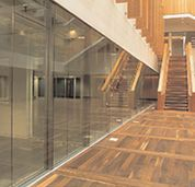 framless fire rated glass screens and partitions in a commercial building