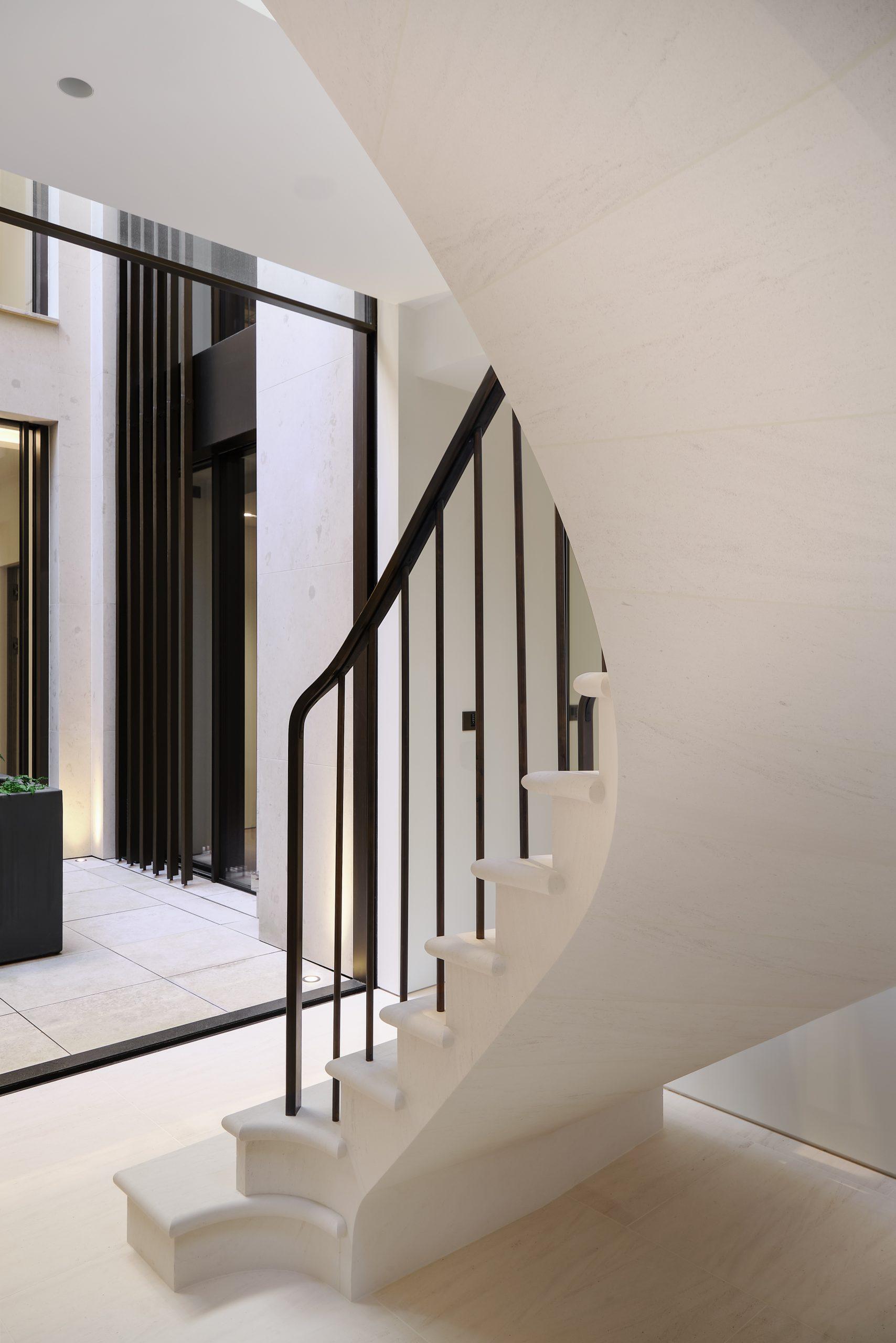 oversized verticle sash window internal view