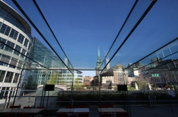 frameless structural glass roof with glass support beams