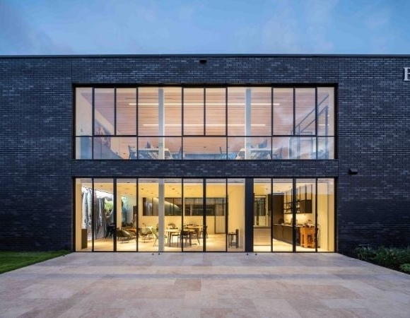 Steel Windows Main Image on modern commercial project
